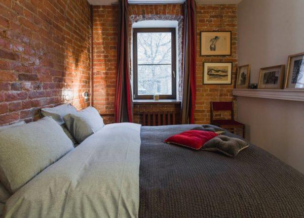 оформление светлой маленькой спальни