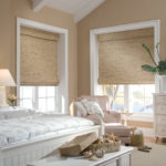 оригинальные шторы в интерьере спальни