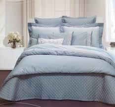 красивое покрывало на кровать для интерьера спальни