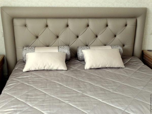 роскошный красивый дизайн покрывала на кровать в спальню