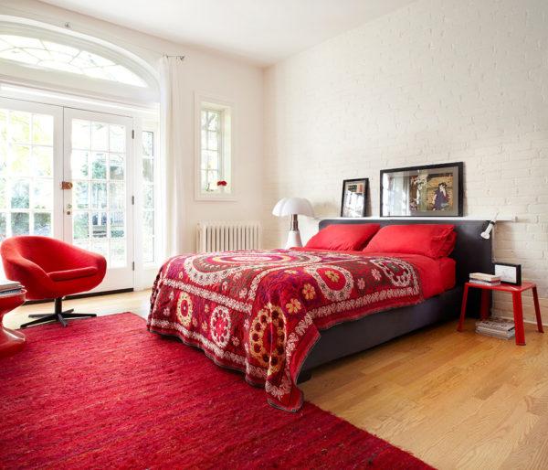 красивое покрывало на кровать в спальню