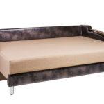 разобранная кровать с ортопедическим матрасом
