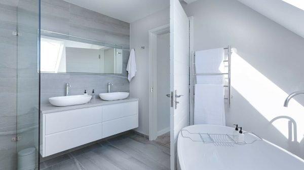 Советы по оформлению ванной в стиле минимализм