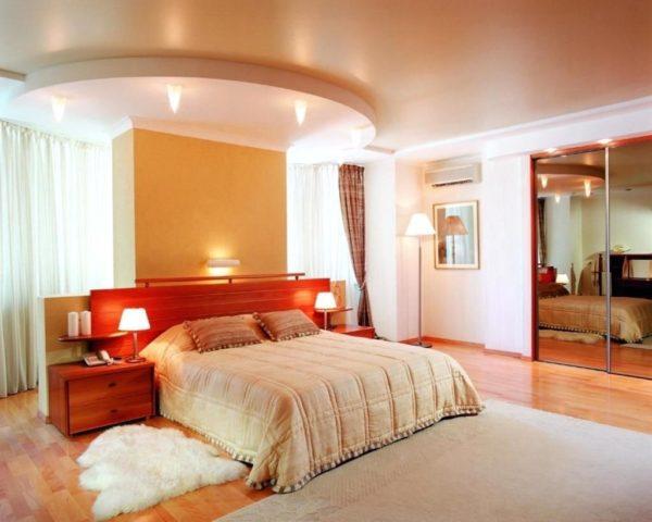 фото натяжных потолков для спален