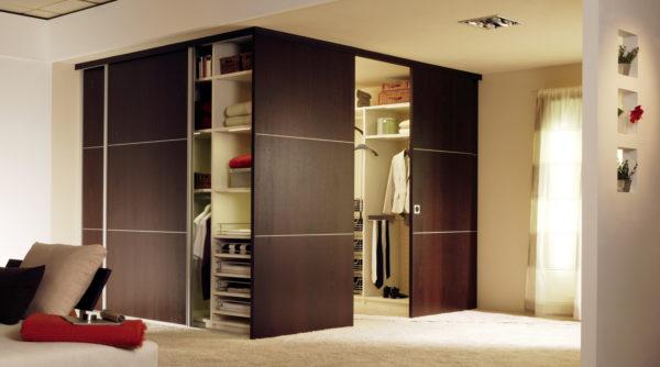 гардероб в маленькой комнате