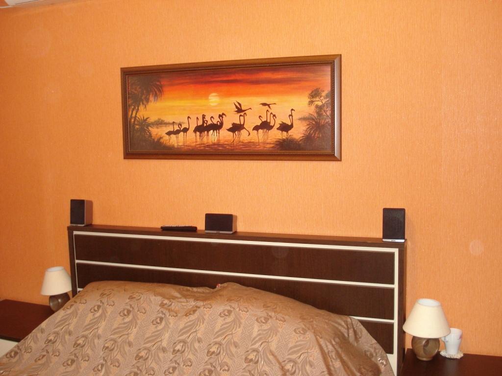 Картина для спальни своими руками 70