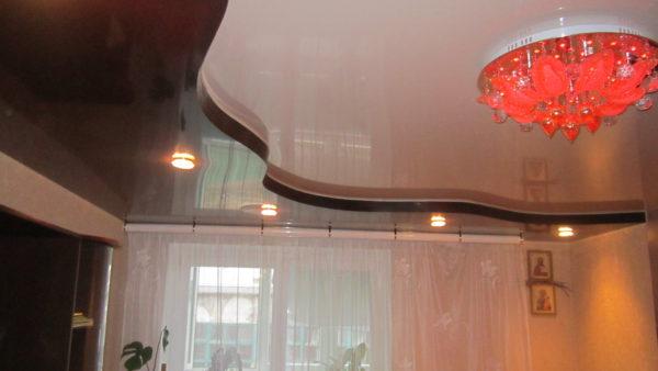 натяжные потолки в классическом стиле