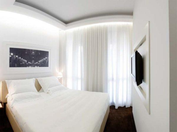 красивый интерьер комнаты маленькой спальни