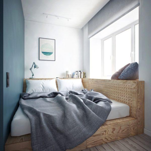 кровать в маленькой спальни