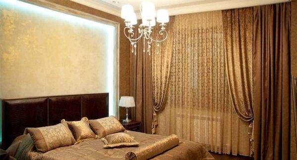фото светлых штор в интерьере спальне