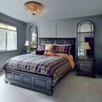 оригинальная прикроватная тумбочка в интерьере спальни