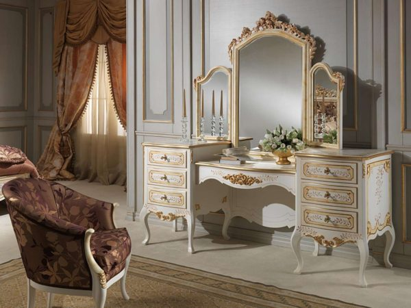 модные туалетный столик в интерьере спальни
