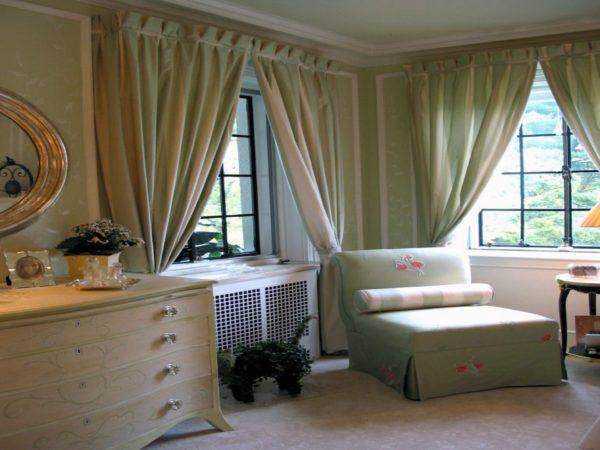 шторы для спальни в зеленом цвете