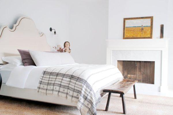 необычный дизайн спальни в скандинавском стиле