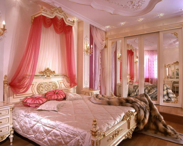 красивый дизайн спальни в классическом стиле