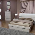 спальня в кремовых оттенках