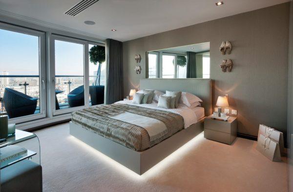 спальня в стиле хай-тек с подсветкой