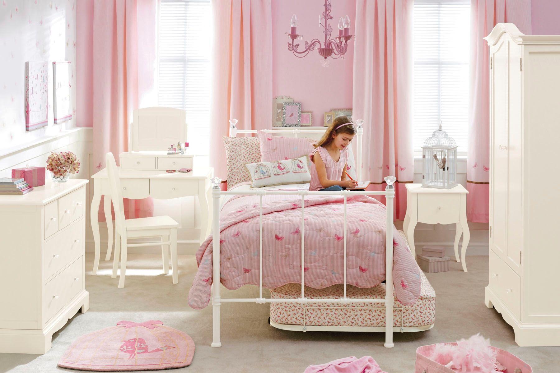 самые уютные и стильные детские спальни для девочек