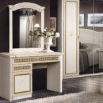 роскошный красивый дизайн туалетного столика в спальне