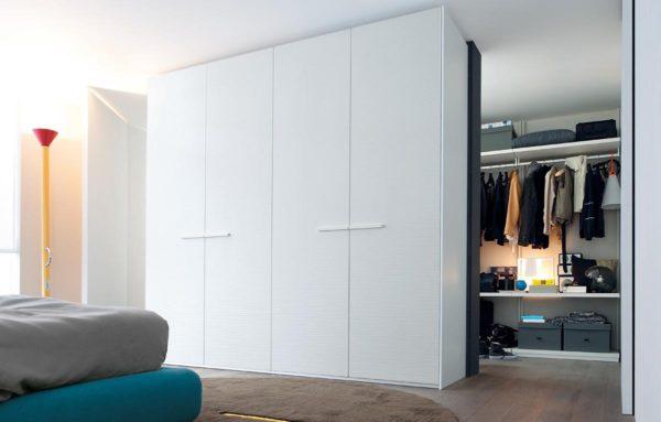 вариант гардеробной в спальне