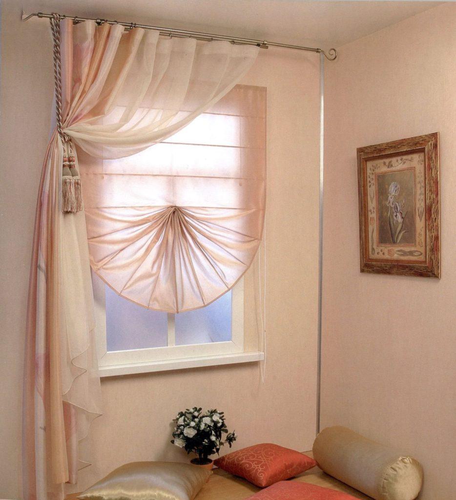 Дизайн штор для узкого окна