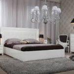 лаконичное оформление спальни и гостиной