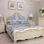 современное оформление мебели для спальни
