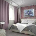 современное оформление картины в спальне
