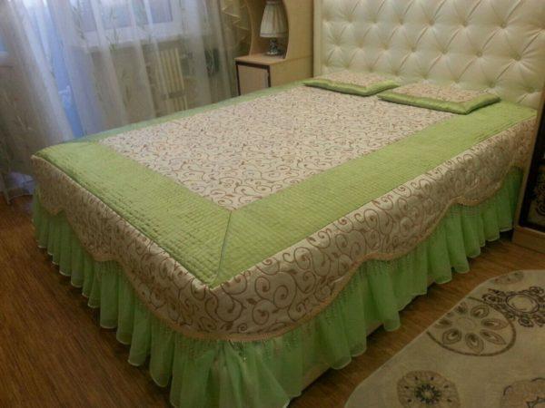 фото оригинального красивого покрывала на кровать в спальню