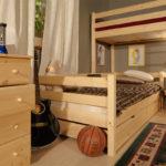 деревянная спальня-чердак