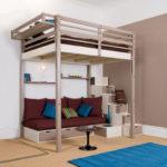 двухэтажная кровать с диваном и столиком снизу