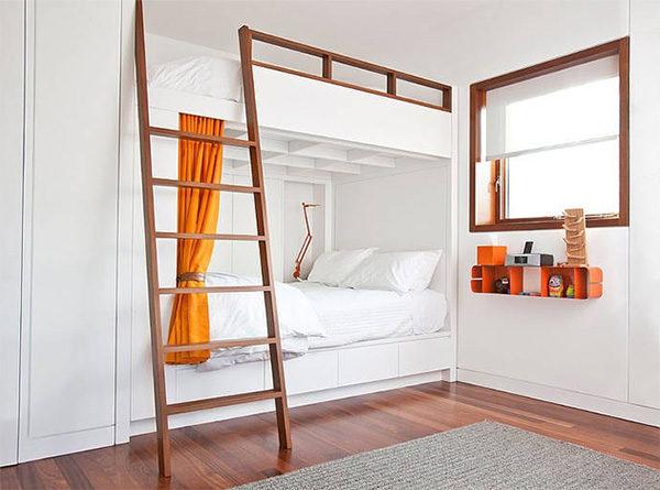 фото двухэтажной высокой кровати