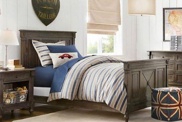 кровать подростка в сдержанных тонах