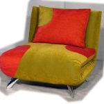 оранжево-зеленое кресло кровать