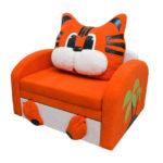 кресло кровать с рыжим котом