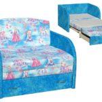 кресло кровать с принцессами