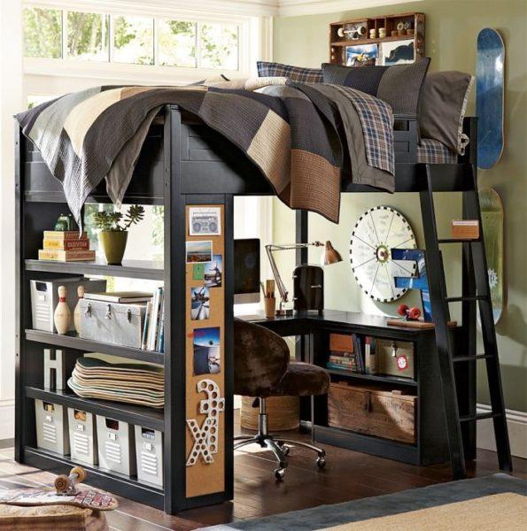кровать-чердак с полками под книги