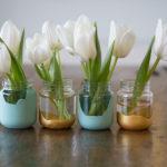 тюльпаны в баночках