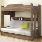 простая двуспальная кровать