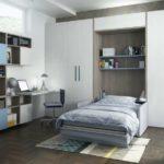 серый шкаф кровать