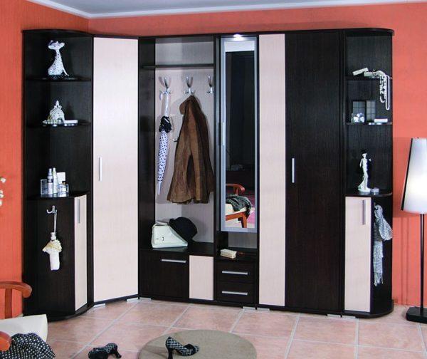 контрастный шкаф-купе
