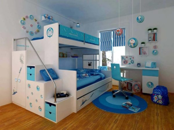 кровать-чердак с постелью для родителей