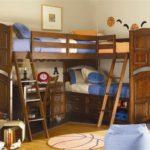 детская кровать-чердак с тремя спальными местами
