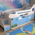 детская кровать-чердак самолет