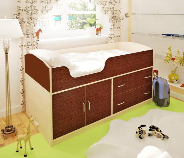 кровать-чердак с полками для белья