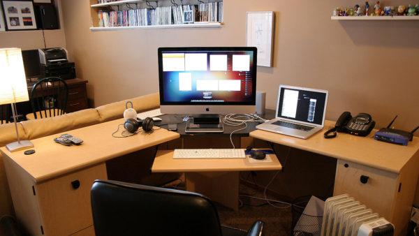 угловой игровой компьютерный стол