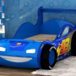 кровать-машина ярко-синяя