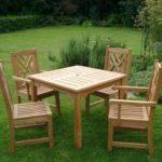 стол с четырьями стульями своими руками