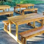 самодельные столы со скамеками