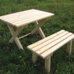 самодельный стол и скамья
